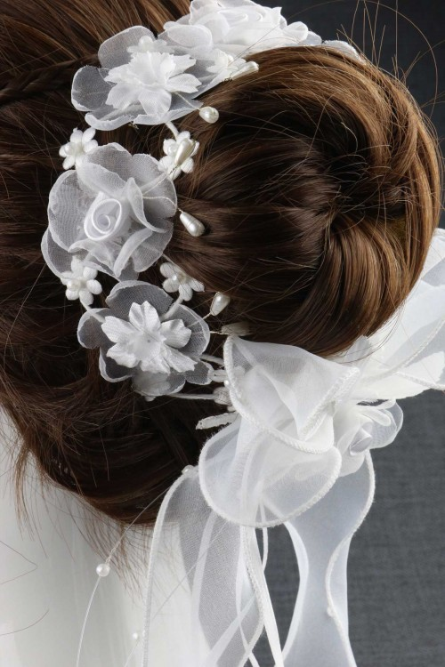 BUN WREATH 147